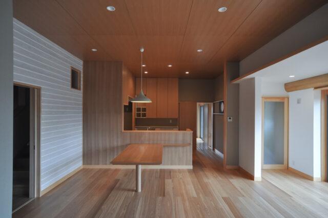 【築40年 入母屋 日本家屋】建築家のリノベーション(埼玉県 富士見市)の画像