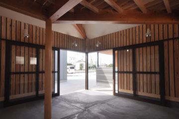 4坪(8畳)コテージハウス タイプB(土間&ロフト)の画像