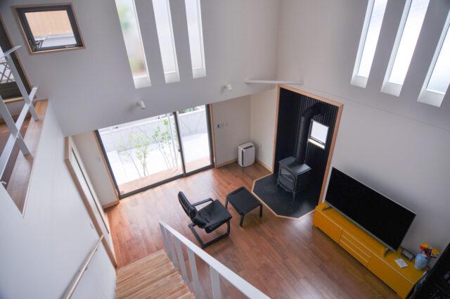 【木造新築住宅:吹き抜けリビング、ペット(犬)との暮らし】入間市の『家づくり』の画像