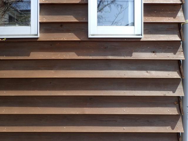 外壁:杉板(南京下見張り) 10年目の経年変化①の画像