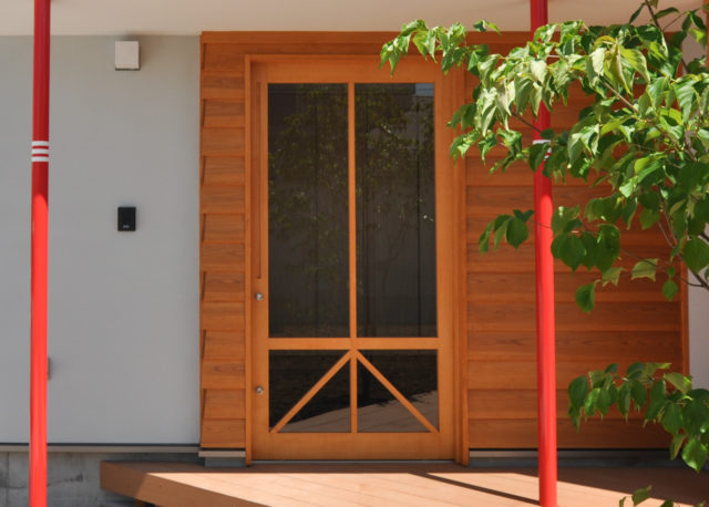 【木下さんちの玄関ドア(引き戸です)】埼玉県 設計事務所の家づくりの画像