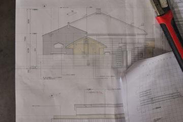【瓦屋根のムクリ】設計事務所の現場監理(建設現場の仕事)の画像