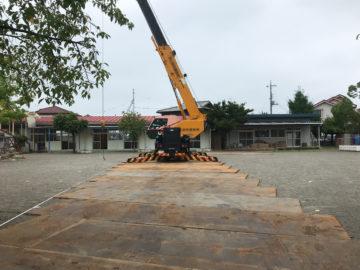 幼稚園の第2園舎(こども園)新築に伴う既存園舎の解体作業開始の画像