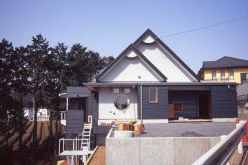 敷地の高低差を利用した増改築の画像