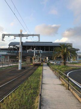【建築として見る JR高知駅】埼玉の建築家 独楽蔵(こまぐら)建築デザインの画像