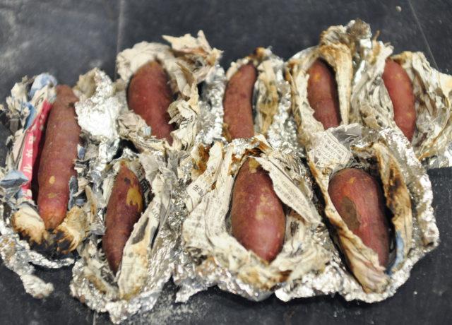 【薪ストーブで焼き芋を作ってみる】薪ストーブのある暮らしの画像