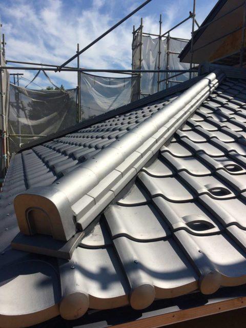 【瓦の屋根をよく観察してみると・・・】埼玉の設計事務所の家づくりの画像