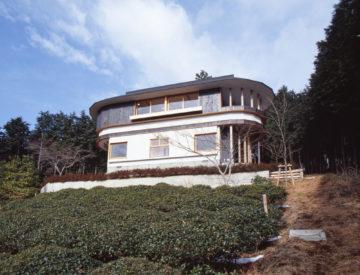 【空と稜線の間で:顔振峠の週末住宅】埼玉 設計事務所の家づくりの画像