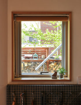【自分の敷地内で窓から見える風景をつくる】設計事務所の住宅設計(日高市)の画像