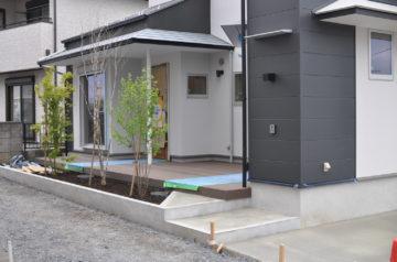 【川越市南大塚の家づくり】『外構工事②&植樹』設計事務所の住宅デザインの画像