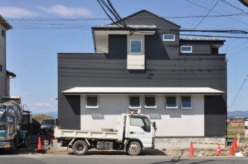 【川越市南大塚 設計事務所の家づくり】外部の足場が外れましたの画像