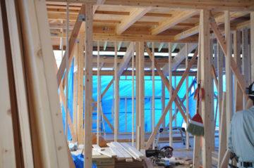 【入間市の新築木造住宅の現場 上棟後1週間の様子】の画像