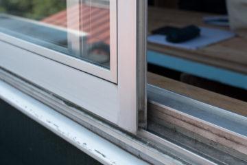 【30年前の単板ガラスのアルミサッシをペアガラスに】設計事務所の家づくりの画像