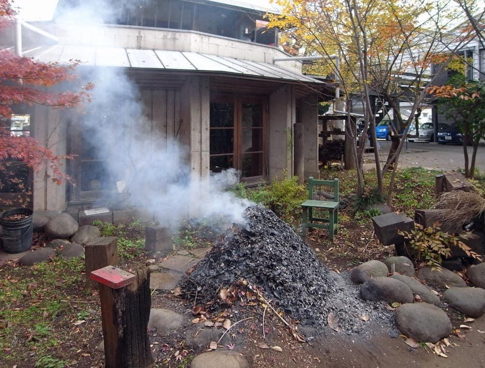 落ち葉炊き、煙,入間市