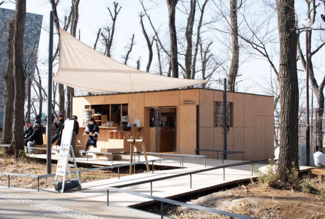 車両と建築の違い「武蔵野樹林カフェ」(ところざわサクラタウン)の画像