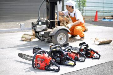 家づくりのお客さんと薪割り大会(飯能市)の画像