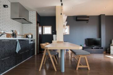 築30年 3階建てオフィス部分→住宅にリノベーション(完成から半年経過)の画像