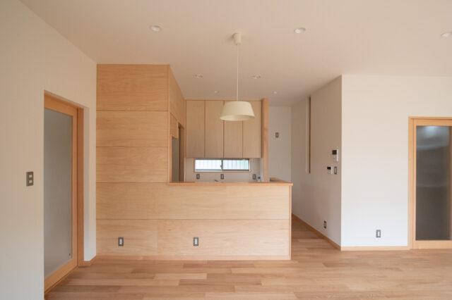 子育て世代の新築住宅でシンプルな暮らしを実現する(飯能市)の画像