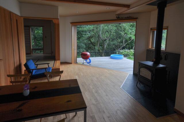 木製ガラス引き戸(幅3300mm)の全開放→ガラス戸→網戸の画像
