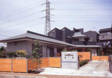 ルーフバルコニー(天体観測用)のある2世帯住宅の画像