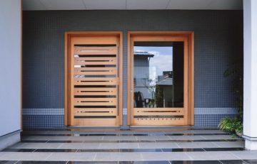 2つの入り口(玄関)の画像